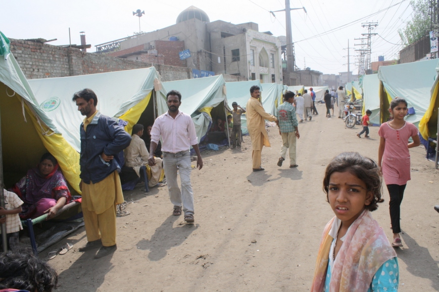 Joseph Colony residents cooped up in tents after the mob burnt down their homes. Photo: Sonya Rehman
